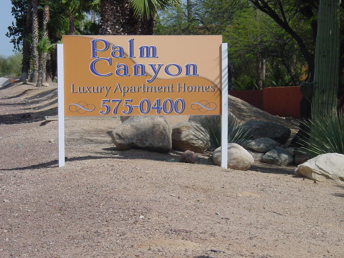 Metal building sign in Tucson