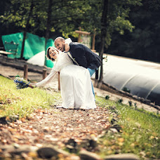 Wedding photographer Alina Bronnikova (AlinaBron). Photo of 15.10.2013