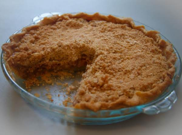 Strawberry Rhubarb Crumb Pie Recipe