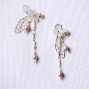 Hand-Drew Cicada's Wings & Pearls 18k gold Earrings