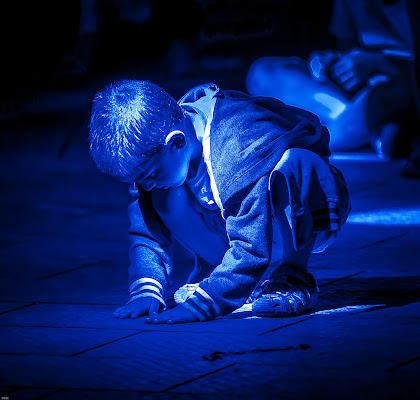 Luci blu in piazza. di renatoxxx