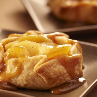 Mini Apple Crostatas