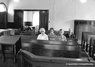 Photo: Missionshuset 1970-tal sista mötet. Möte med de sista medlemmarna Bakre rad fr v: Valdemar Eskilsson - Vasstorp, Elsa och Rudolf Jansson - Vretstorp Främre rad fr v: Jenny Larsson -Nybo, Anna Karlsson, Storå.