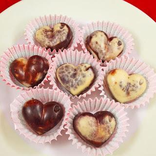 Raw Vegan Marble Chocolates For Valentine's Day.