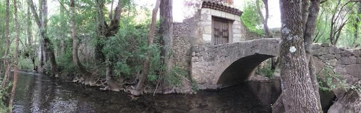 Photo: Puente en la Ruta al nacimiento del Río Mundo.