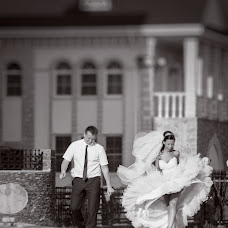 Wedding photographer Aleksandr Khitko (MisterX). Photo of 14.12.2013