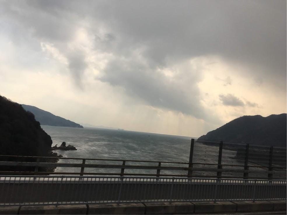大三島〜生口島あたりで天気は下り坂に