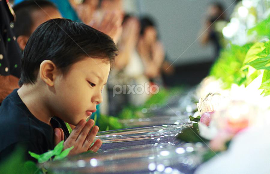 201308102133 Piety by Steven De Siow - Babies & Children Children Candids ( piety, pray, candid, boy )