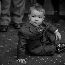 Wedding photographer Costin Tertess (CostinTertess). Photo of 13.04.2017