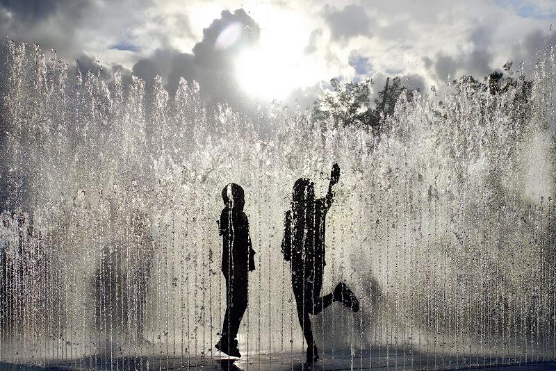 Water games di adiemus