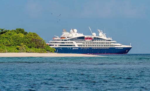 Laperouse-in-Maldives.jpg - The Ponant ship Le Laperouse alights off the coast of Baa Atoll in the Maldives.