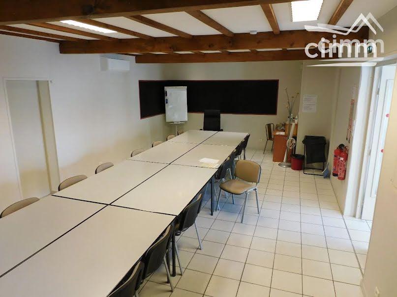Vente locaux professionnels 6 pièces 180 m² à Arles (13200), 335 000 €