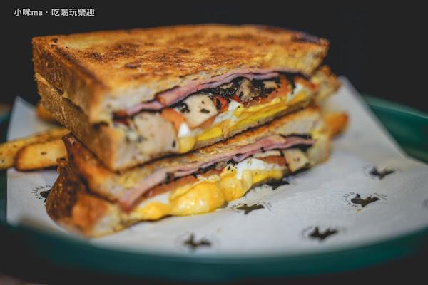 Mallard Grilled Cheese Eatery 野鴨小餐館 一間只賣三明治的復古小店 網友推薦「最好吃的三明治」。市民大道美食