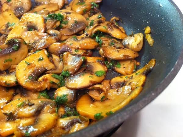 Steakhouse Sautéed Mushrooms Recipe