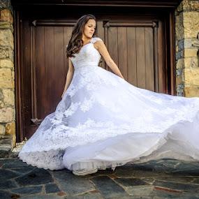 SofiaCamplioni.Com (8352) by Sofia Camplioni - Wedding Bride