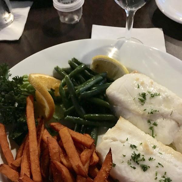 Haddock, sweet potato fries and green beans