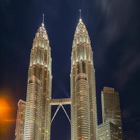 Night at Twin Towers.. by Hendrik Priyanto - City,  Street & Park  Skylines