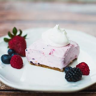 No-Bake Berry Smoothie Cheesecake.