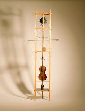Photo: Josef Baier: Kyvadlové housle (Pendulum violin)