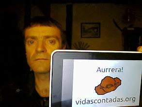 Photo: Juanma, Beorburitik. Intsumiso, musikari ta linuxeroa.