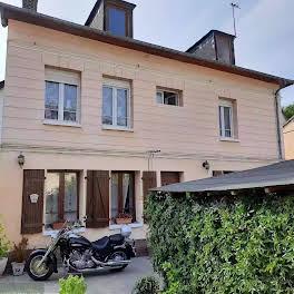 Maison 8 pièces 163 m2