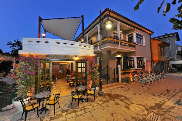 Petrino Gökçeada Hotel & Kitchen