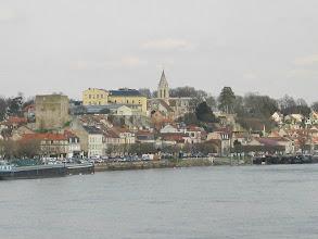 Photo: Conflans Ste-Honorine , les quais , la Tour Montjoie , l'Eglise St-Maclou et dessous la vieille ville