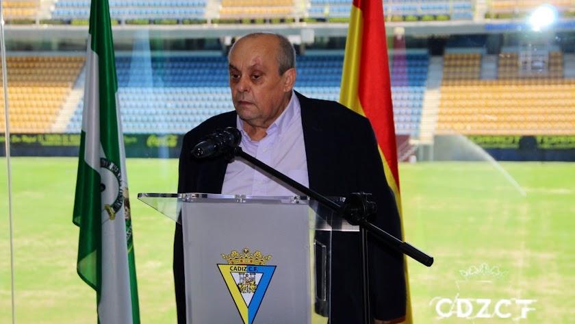 Theo Vargas en el Estadio Ramón de Carranza.