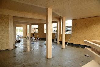 Photo: 07-11-2012 ©ervanofoto Zicht op de burelen met links achteraan de doorgang naar de showroom.