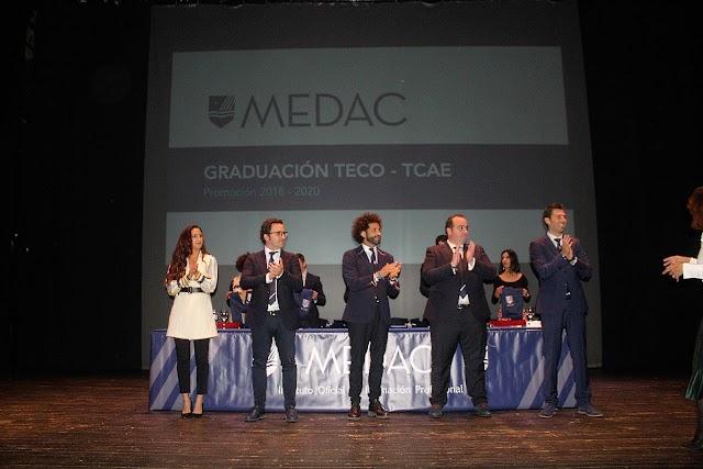 El presidente de MEDAC, el consejero-delegado, la profesora y los directores de Almería y El Ejido.