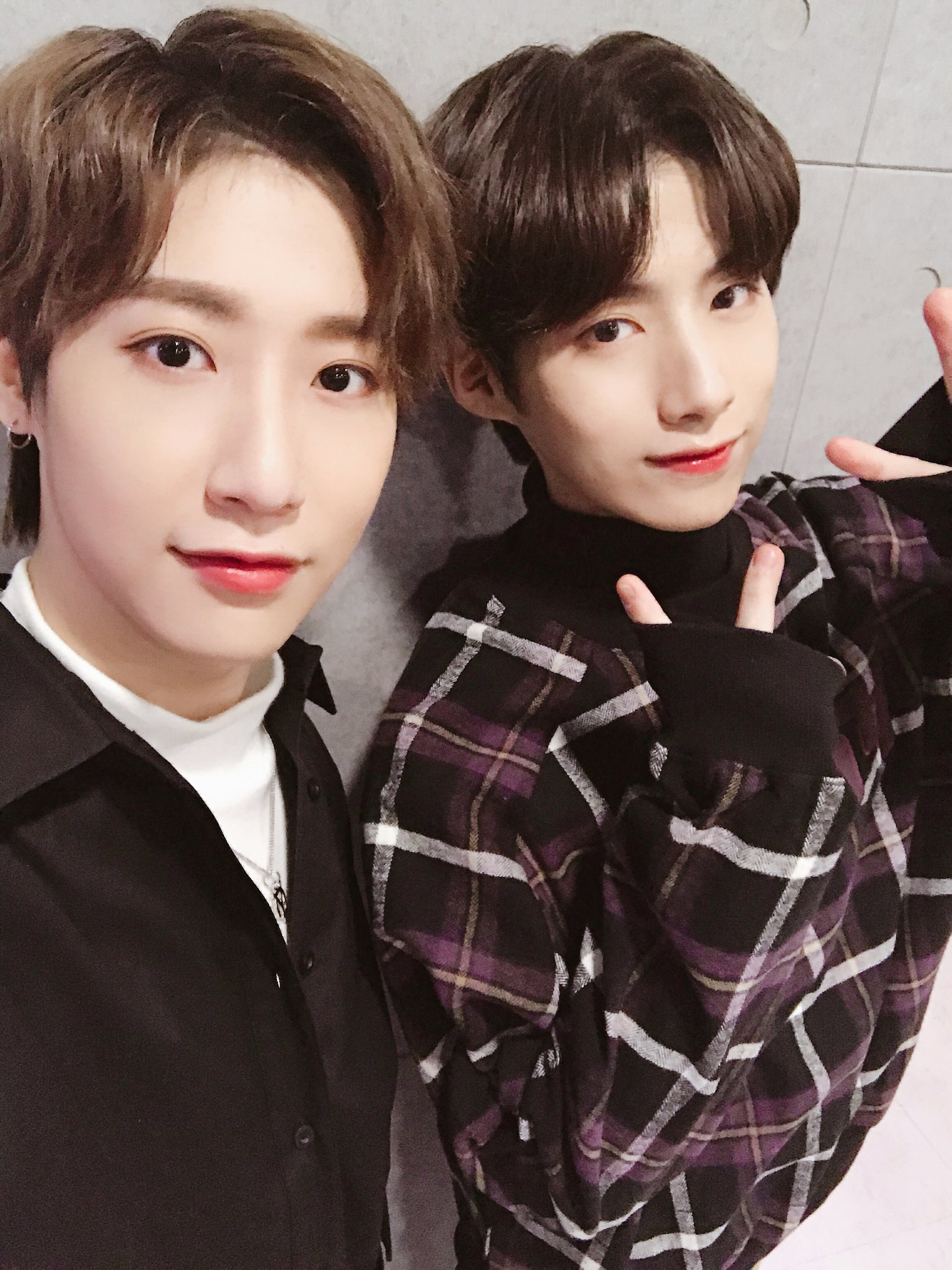 onewe dongmyeong oneus xion