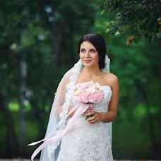 Wedding photographer Anastasiya Podobedova (podobedovaa). Photo of 03.10.2016