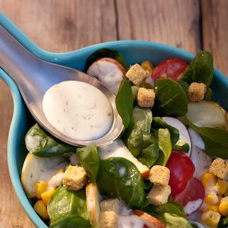 Knackiger Salat mit Kräuter-Knoblauch-Dressing von Knorr