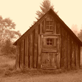 Ye Old Shack by Alison Gimpel - Buildings & Architecture Other Exteriors ( building, nature, landmarks, lake superior, duluth minnesota, landscapes, sepa,  )
