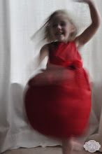 Photo: The true measure of a dress, at least for H, is how well it spins.