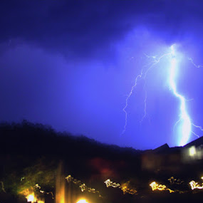 Gient Thunder by Kartik Wat - Landscapes Weather