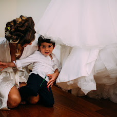 Fotografo di matrimoni Livio Bargagli Stoffi (bargaglistoffi). Foto del 12.04.2015