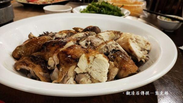 台中西屯 咕咕香甕缸雞古早味,原木烘烤香酥多汁,還有各式快炒喔!