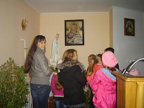 Photo: Kinder beim Gebet