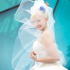 Wedding photographer Alena Voroncova (Gusena). Photo of 19.10.2013