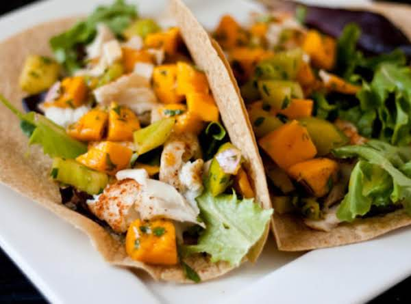 Fish Taco With Mango Sauce