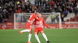 Rubén Alcaraz y Nano celebran el gol al Lugo en el partido de la pasada temporada.