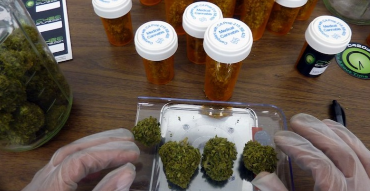 Simplifying medical marijuana and some reasons to prefer it over alcoholic drinks