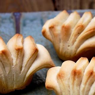Buttermilk Fantails