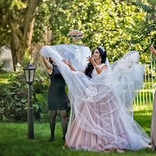 Wedding photographer Albina Khozyainova (albina32). Photo of 27.11.2016
