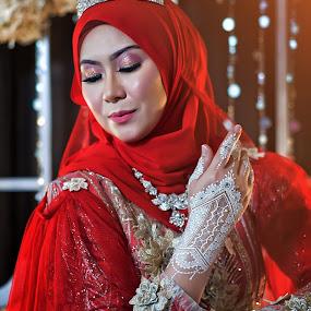 White Henna by Budin DaneCreative - Wedding Bride ( kahwin, henna, white henna, wedding, malay, malaysia, perkahwinan, bride, red dress,  )