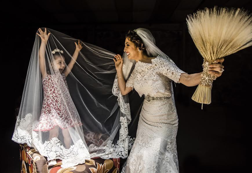Wedding photographer Elena Flexas (ElenaFlexas). Photo of 04.09.2019