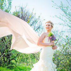 Wedding photographer Elena Bozhenova (BojenovaElena). Photo of 05.06.2014
