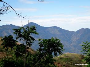 Photo: Cerro Turrubares el más alto atrás