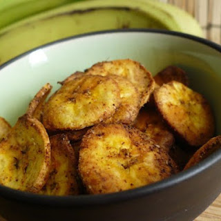 Spicy Baked Plantain Chips